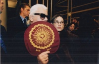 Cardinale, Stephane (Sygma) : Demi Moore Backstage with Karl Lagerfeld at The End of a Chanel Fashion Show. Paris, 1997.