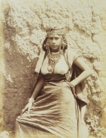 002.     N. D. PHOT. (NEURDEIN Brothers, ETIENNE and LOUIS ANTONIN) : Types Algeriens. Femme de Tribu des Ouled Nails. [Types Algerians. Young woman from the tribe of the Ouled Nâhils], cca. 1880.