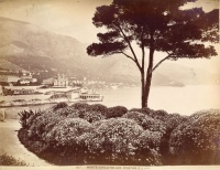 259.     [GILLETTA, JEAN] : Monte-Carlo tir aux pigeons [View of Monte-Carlo with clay pigeon shooting range], cca. 1920.