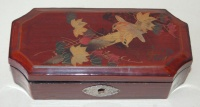 262.   Vintage japanese lacquer box with birds and tree branch motifs on the top. :